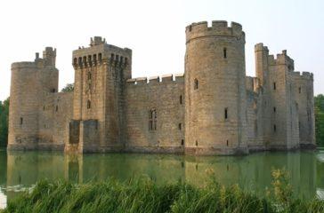 castle-1239283_1920