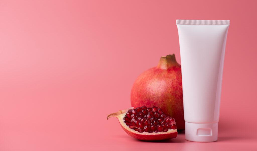 melagrane e crema cosmetica